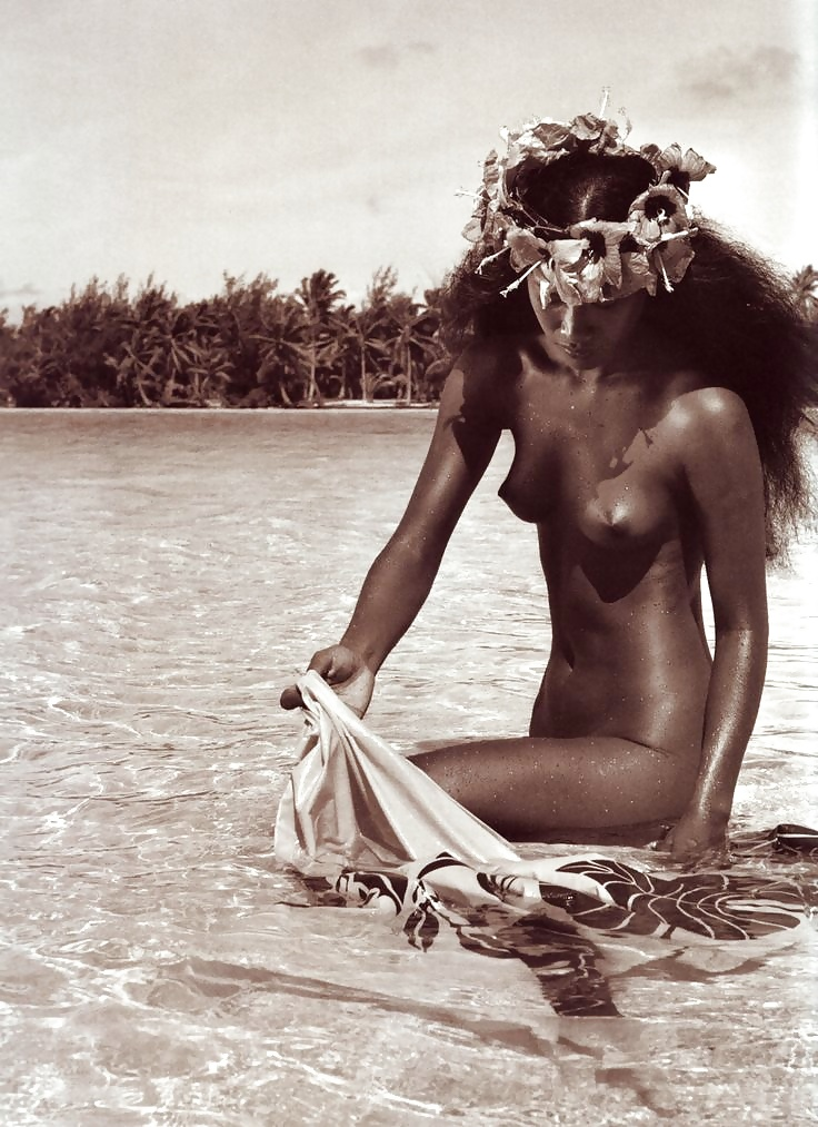 private-nude-polynesian