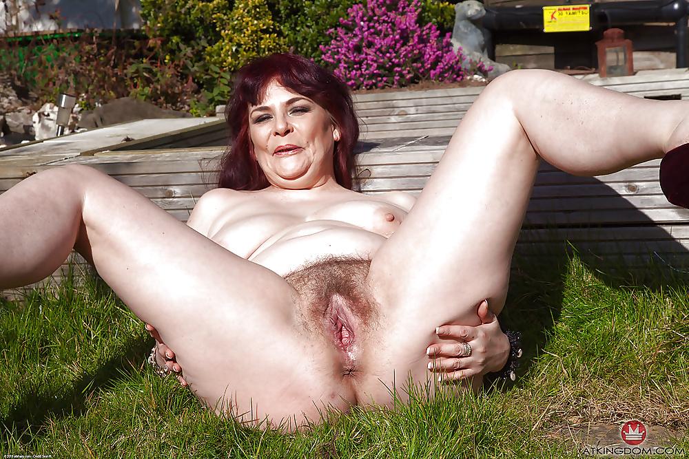 Big Tits Mature Women Pussy
