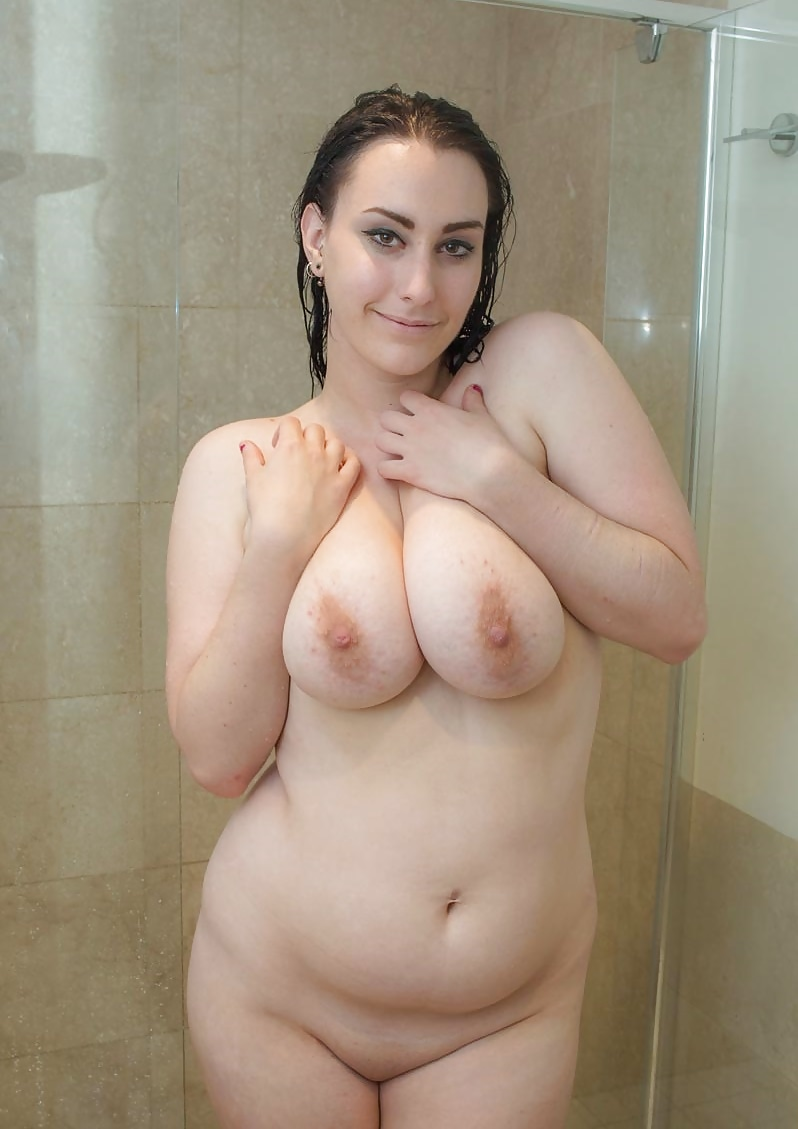 Naked chubby girls in the shower 13