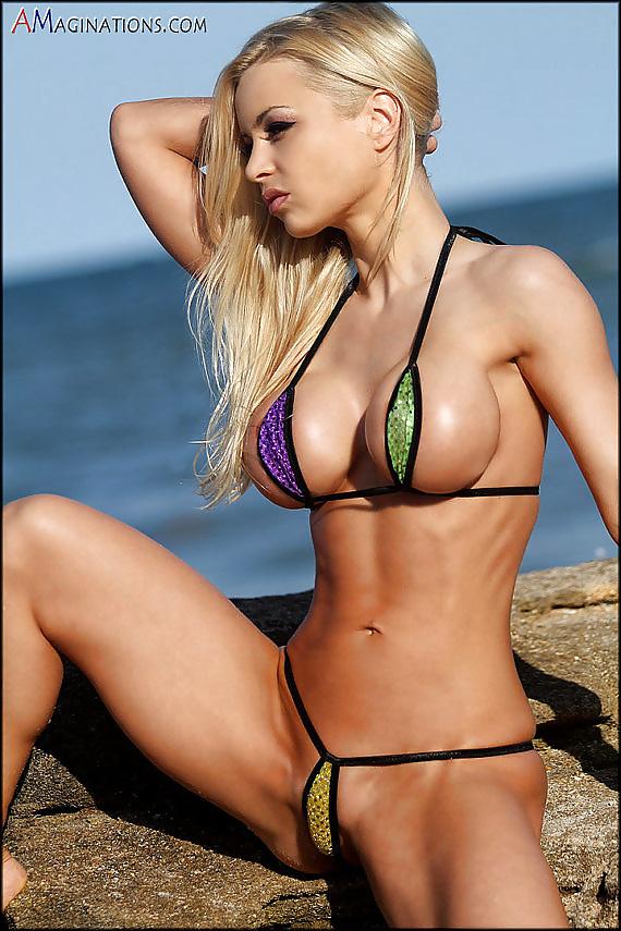 Joy Corrigan Sexy Bikini Photoshoot In Miami Beach