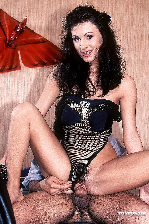 Illana Moore (32/40)