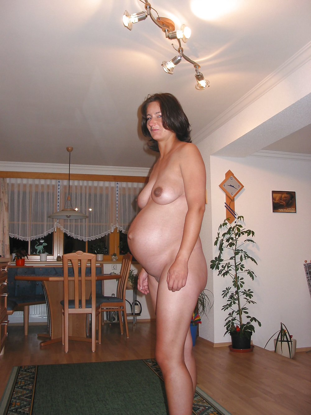 Nude preggo hot mom
