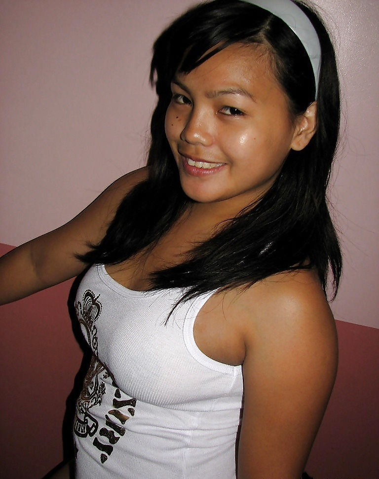 filipino-girl-down-shirt
