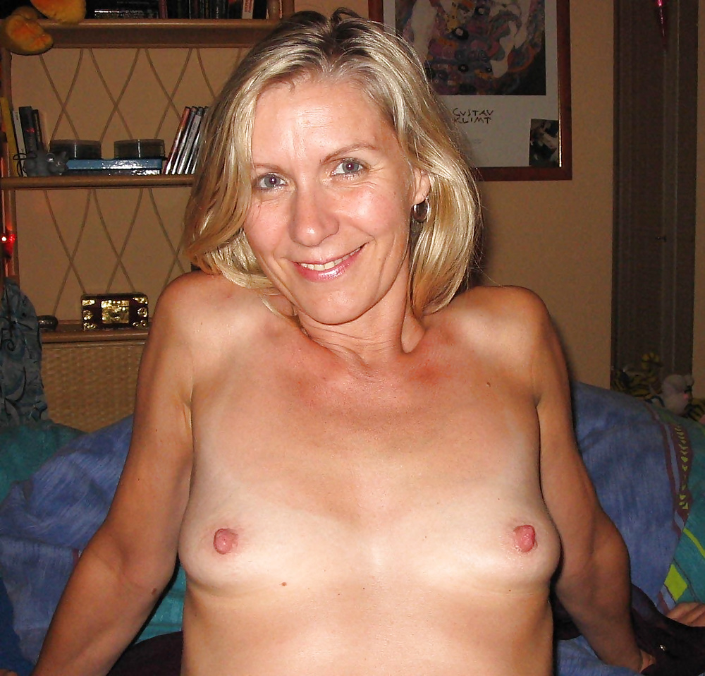 flatchested-milf-homemade-stocking-galleries-babes-thumbnails