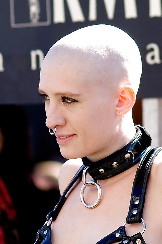 girls-cassidy-shaved-head