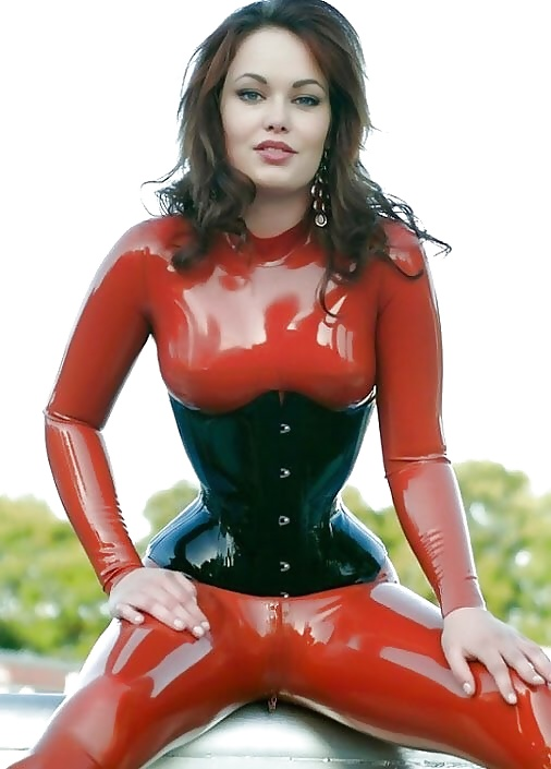 Hotty Lucy Loves Latex Skin Tight Images 1