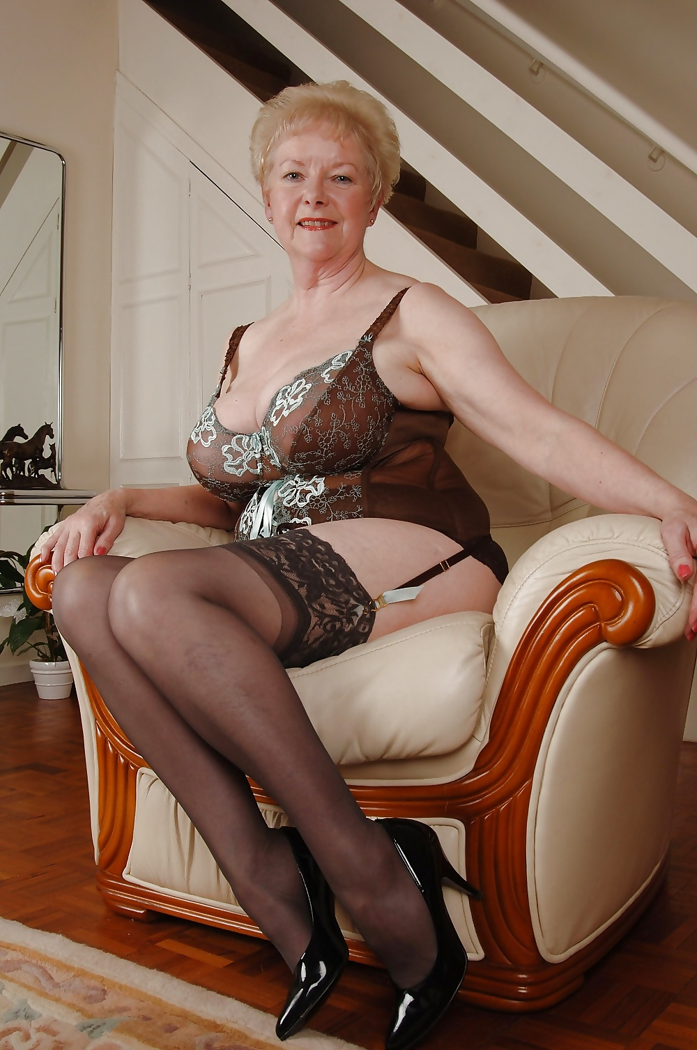 Nude german mom — photo 13
