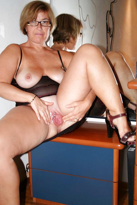 erotic-web-housewife-uk