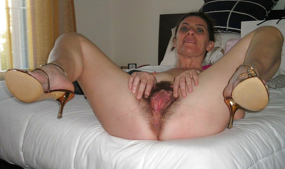 Mature Hairy Cunt