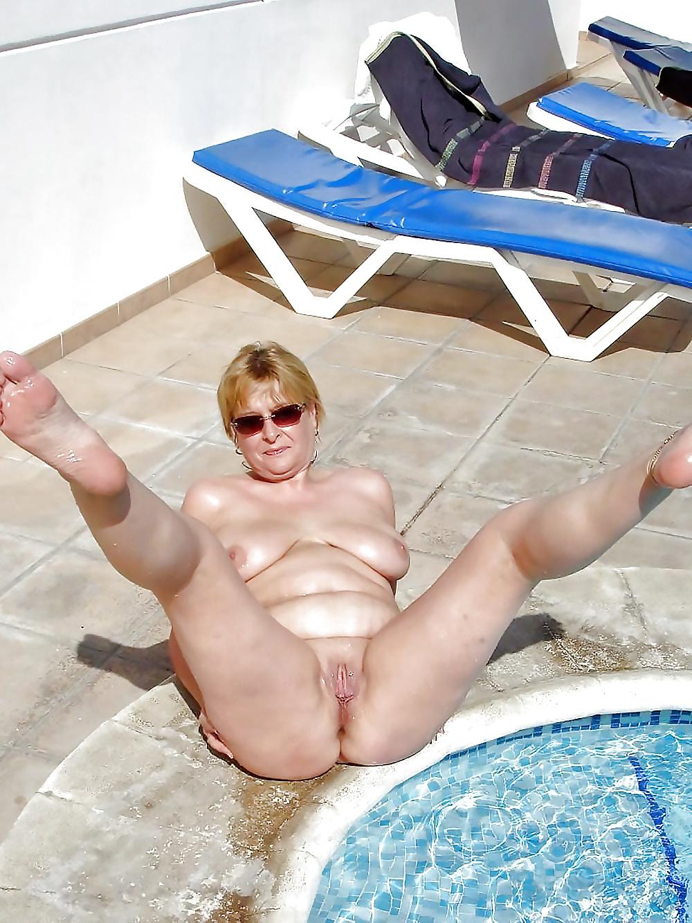 Kasia Kasia Naked Swim