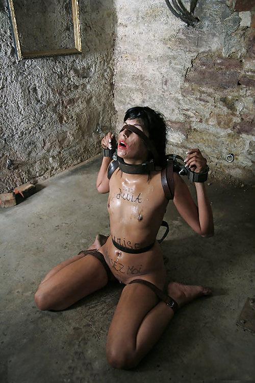 Shackle Fetish Porn Pics, Handcuffs Sex Images, Manacle Porno