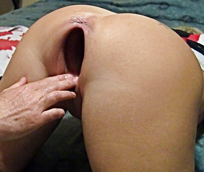 Tiny ebony chick gets her pussy stretched