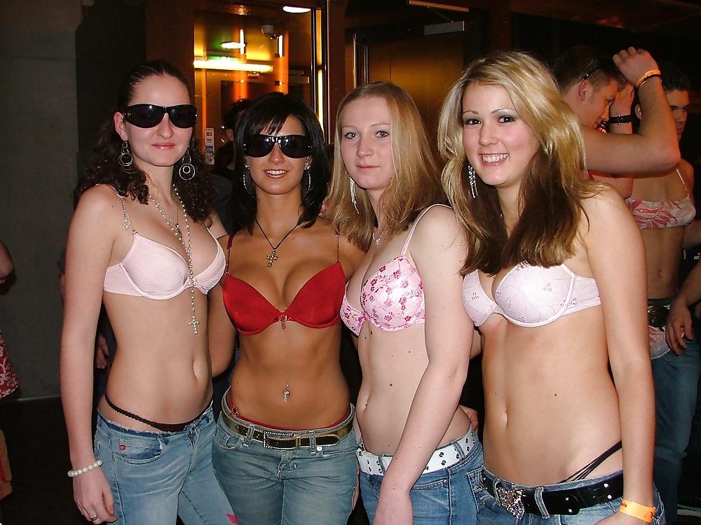Usa College Girls Gone Wild In Panties In Dorm Room
