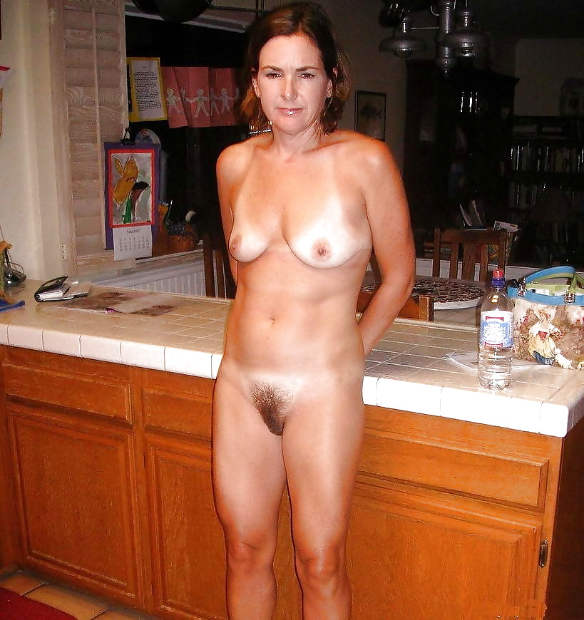 Amateur Housewife Porn, Free Moms Gallery