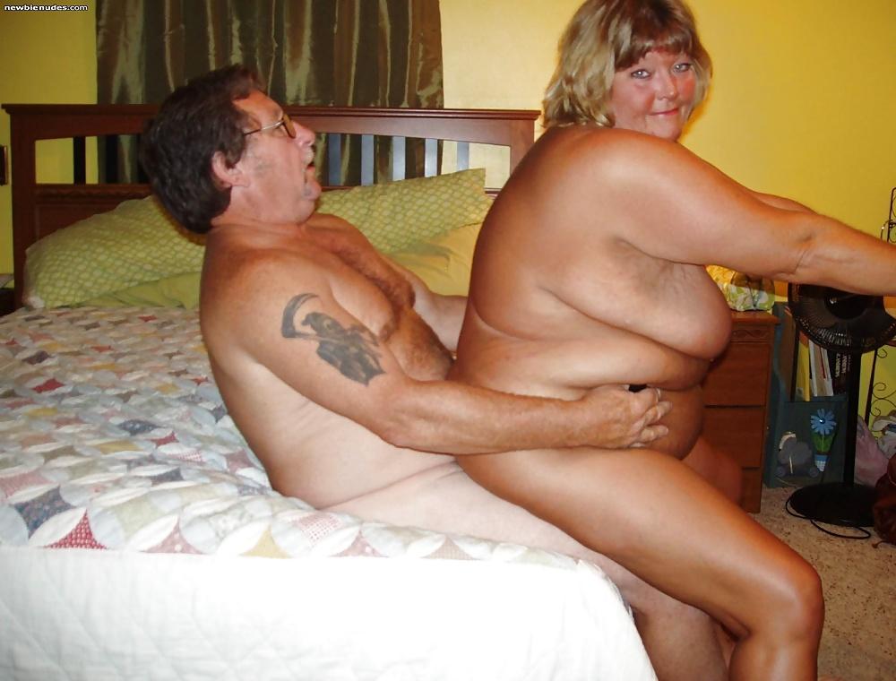 Fat couple home sex