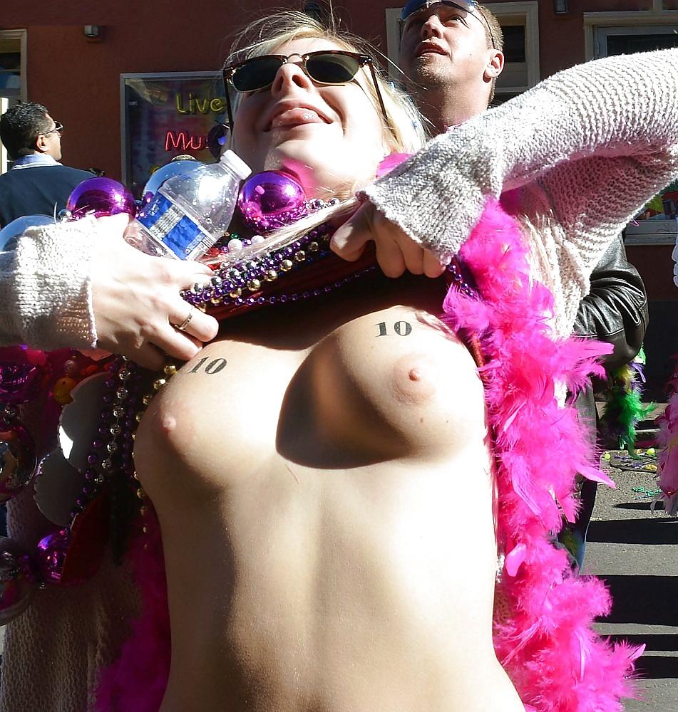 Mardi Gras Sex In Public