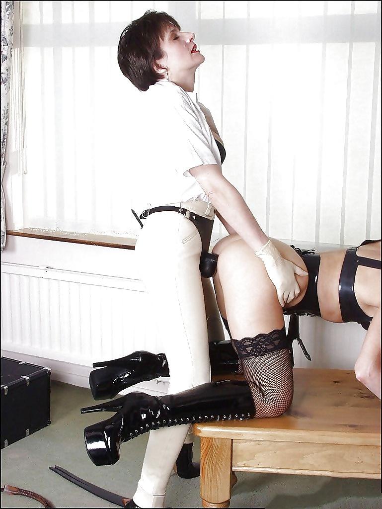 Lady sonia femdom bdsm bondage blowjob
