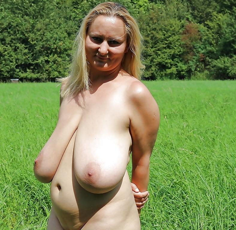 Фото самая висячая грудь