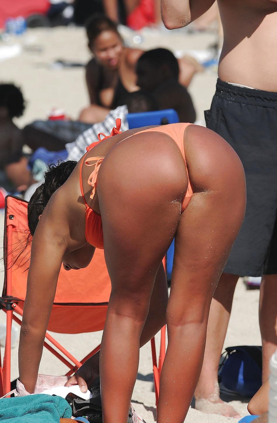 Voyeur adolescente en público (perfect ass)