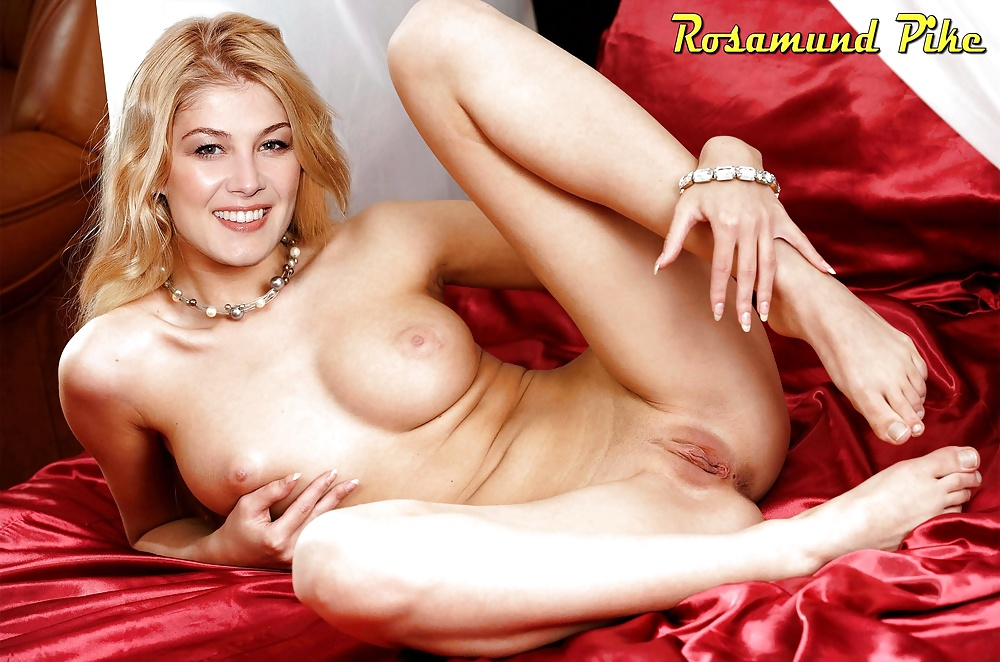 Naked Rosamund Pike In Doom Ancensored