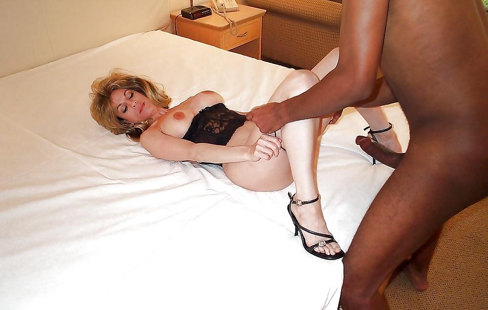 Mature nl kinky mature slut really loves the black cock