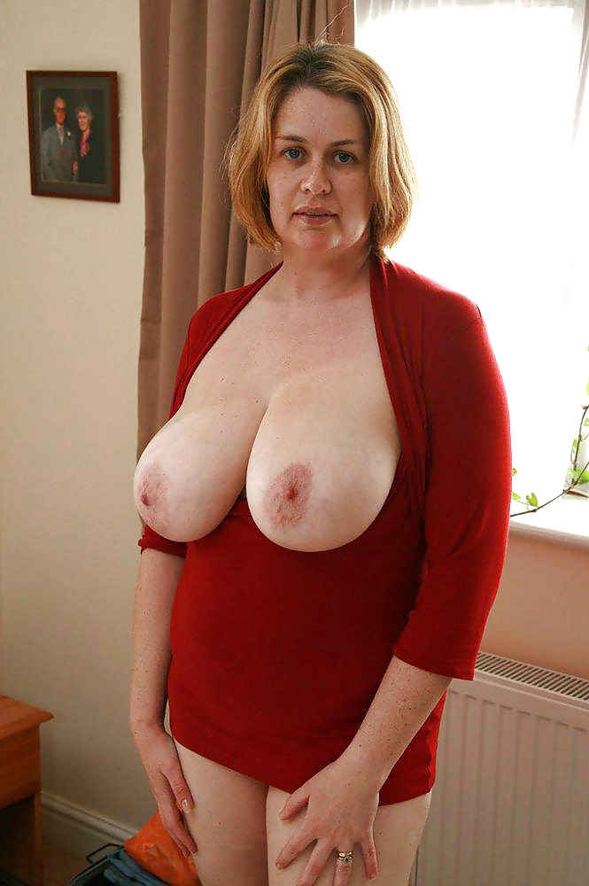 Moms natural boobs