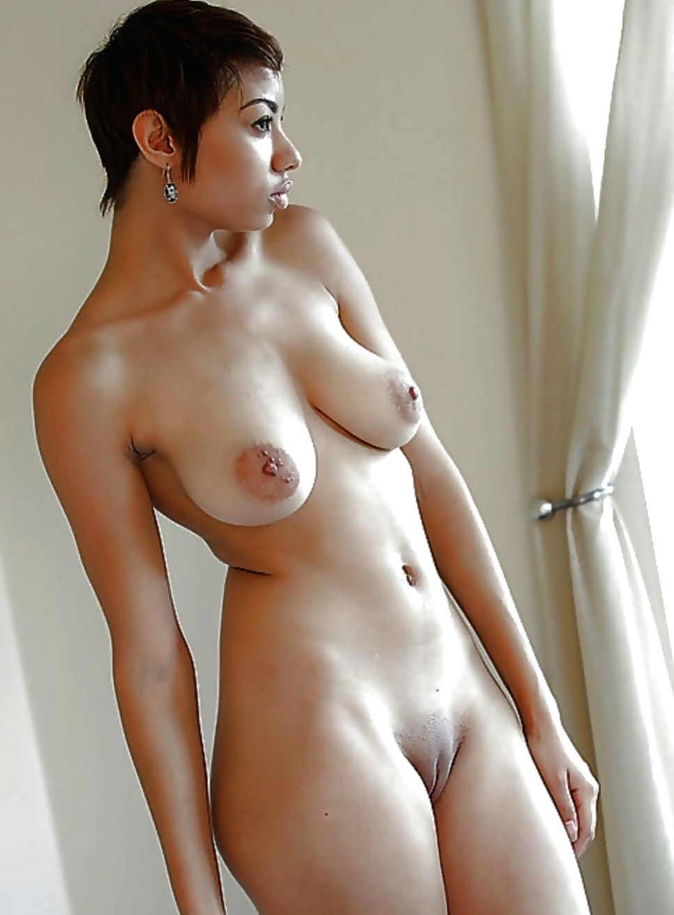Free big tits, short hair pictures