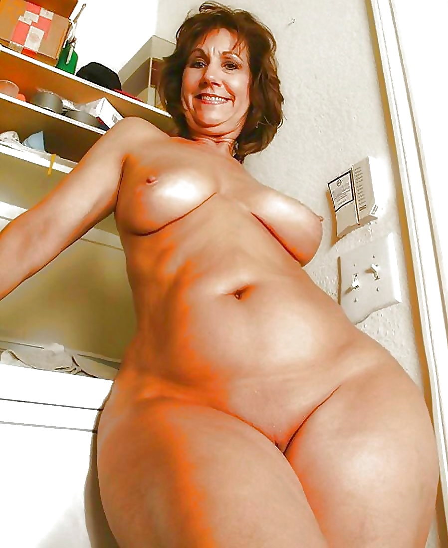 Small Boobs Big Hips