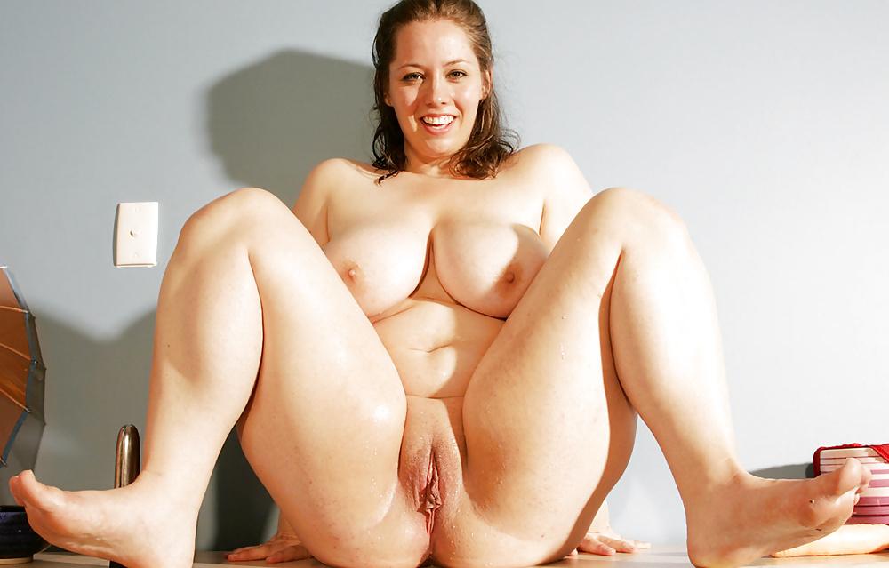 Fat pussy masturbating free xxx galeries