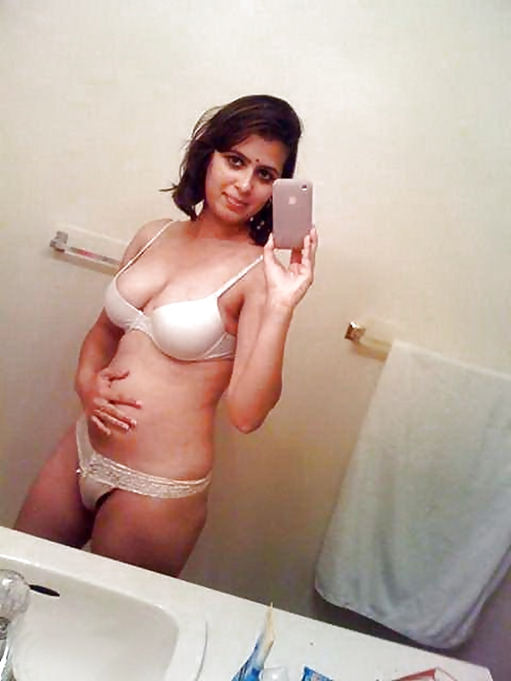 Fuck punjabi girl pussy mobile optimised photo for android iphone
