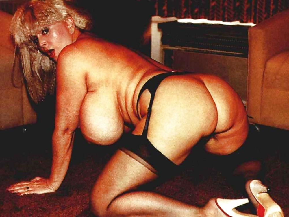 Candy samples in vintage xxx pics