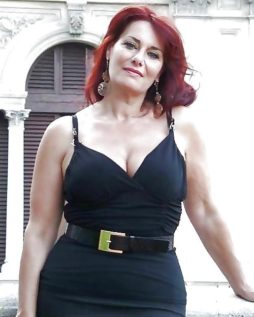 Italian Women's Wardrobe Fashion Dresses