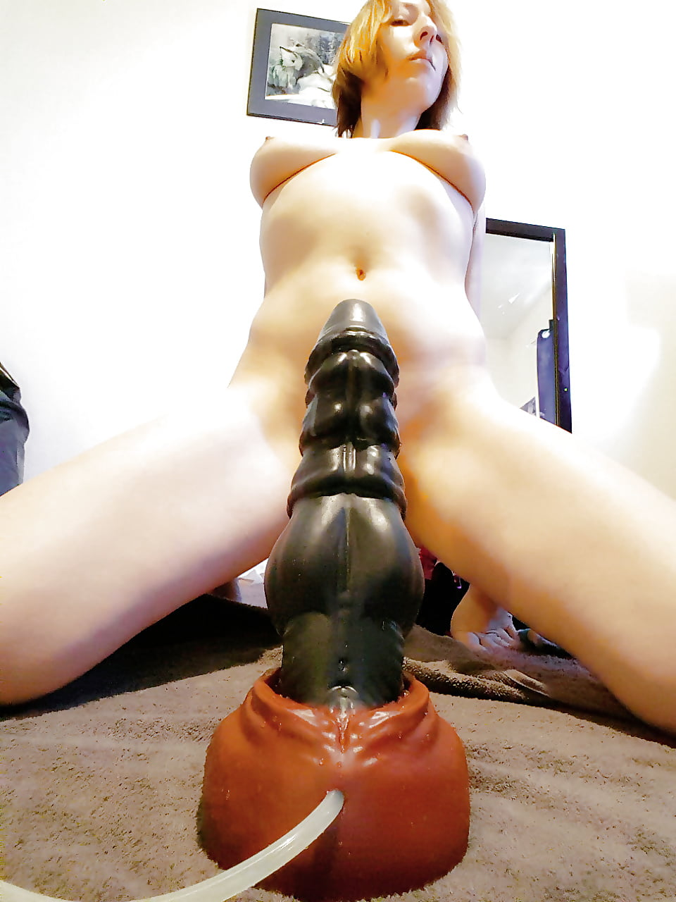 Biggest dildo fucking wired pussy