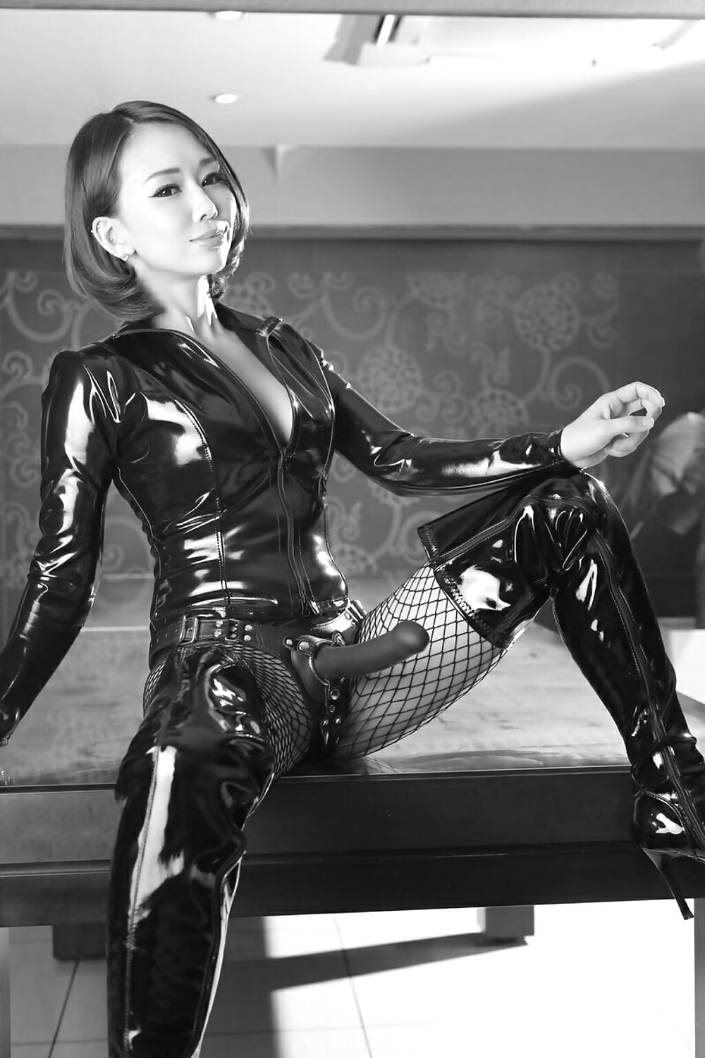 How Asian Dominatrixes Smash Stereotypes In The Fetish World