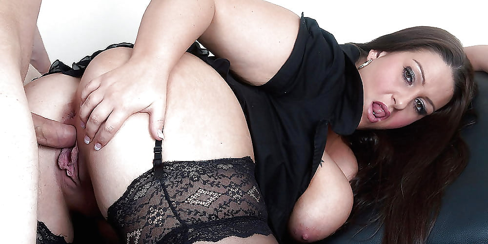 trahnul-appetitnuyu-izvrashennuyu-luchshie-porno-roliki-zhenskiy-orgazm