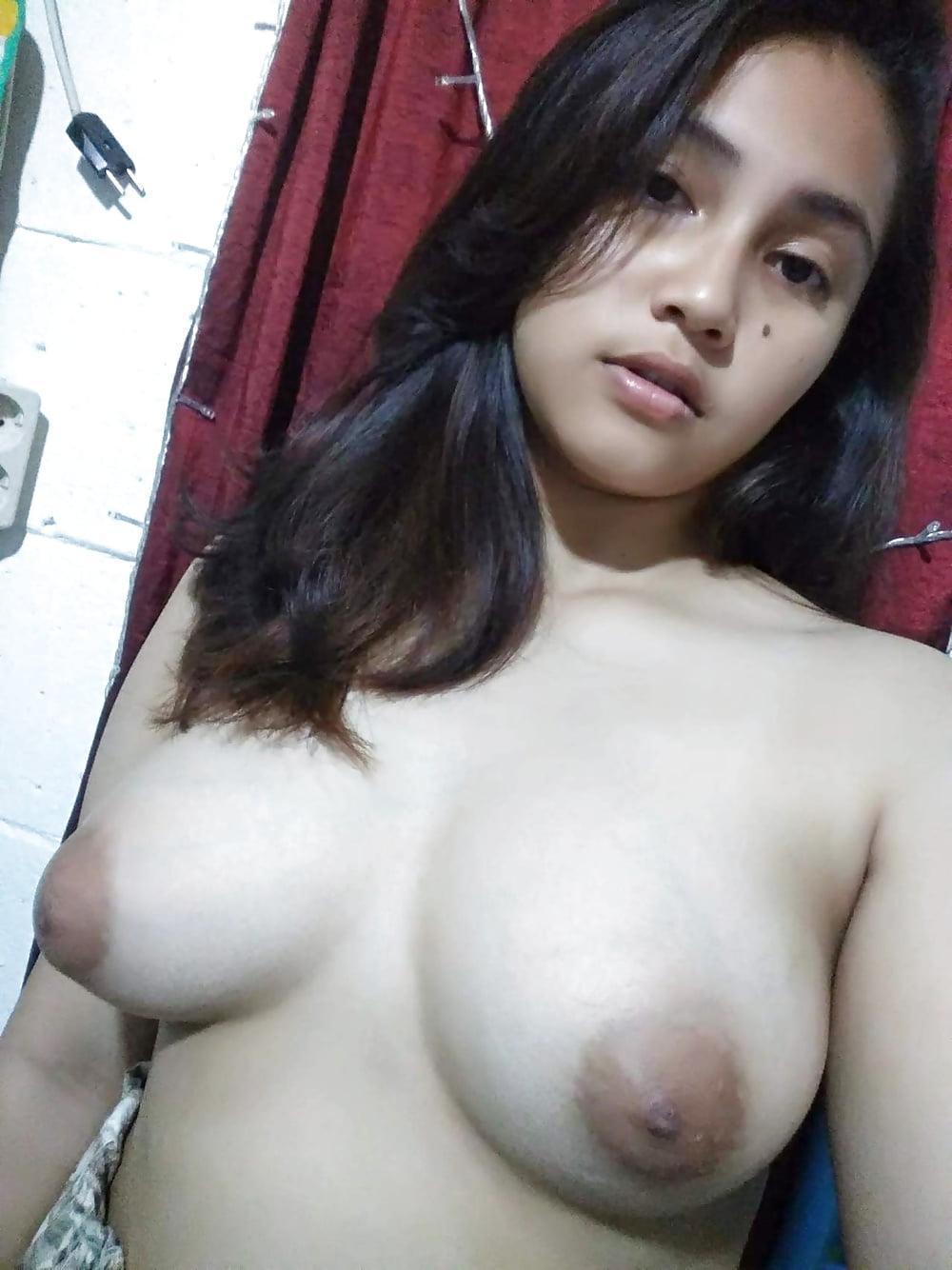 Malay Girls Big Breast Naked