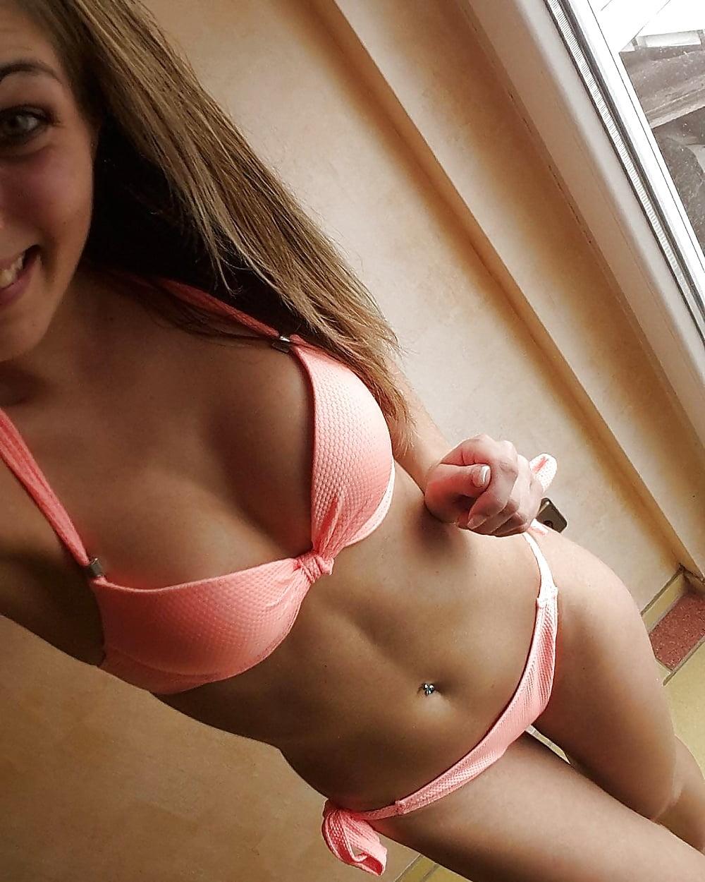 Hot Teen Bitch Porn Pics