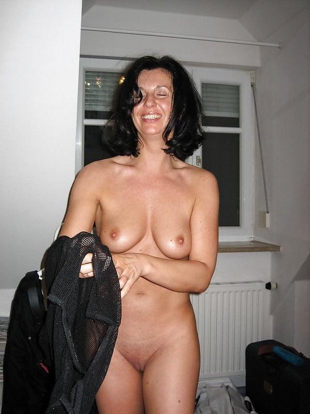 Jeanie black milf