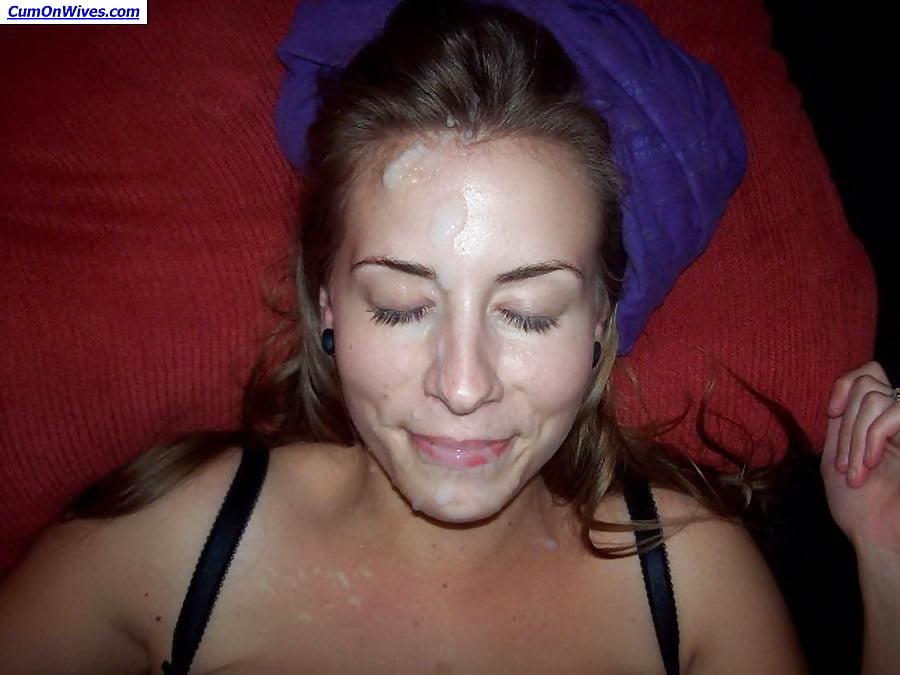 Amateur downblouse facial — photo 9