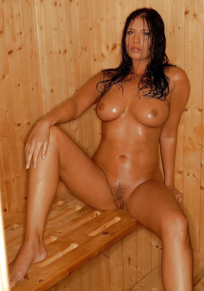 уважаю любого фото потная голая жена член