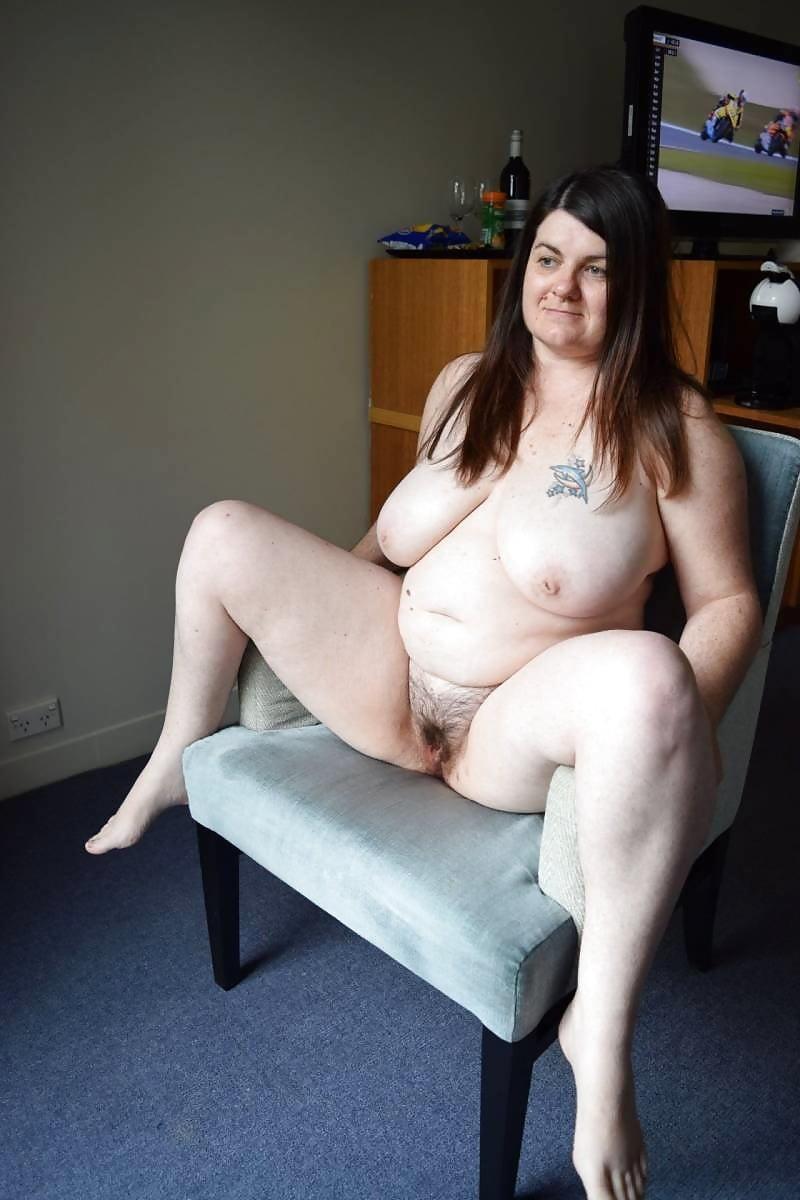 sexy-nude-bbw-amateurs-linda-blair-giving-oral-sex