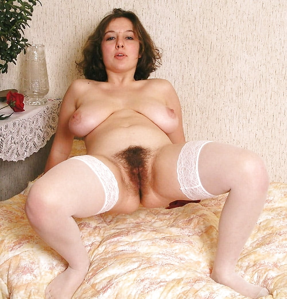 Chubby Moms Hairy Pussy Spread