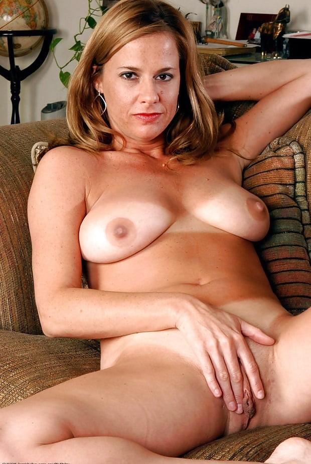 Happy mom nude