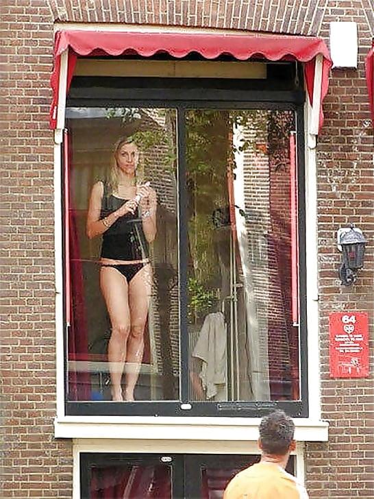 Амстердам проститутка заказать проститутку в Тюмени пер Млечный