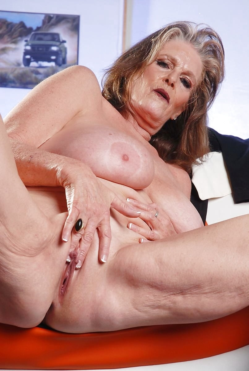 Granny Squirting In Mouth