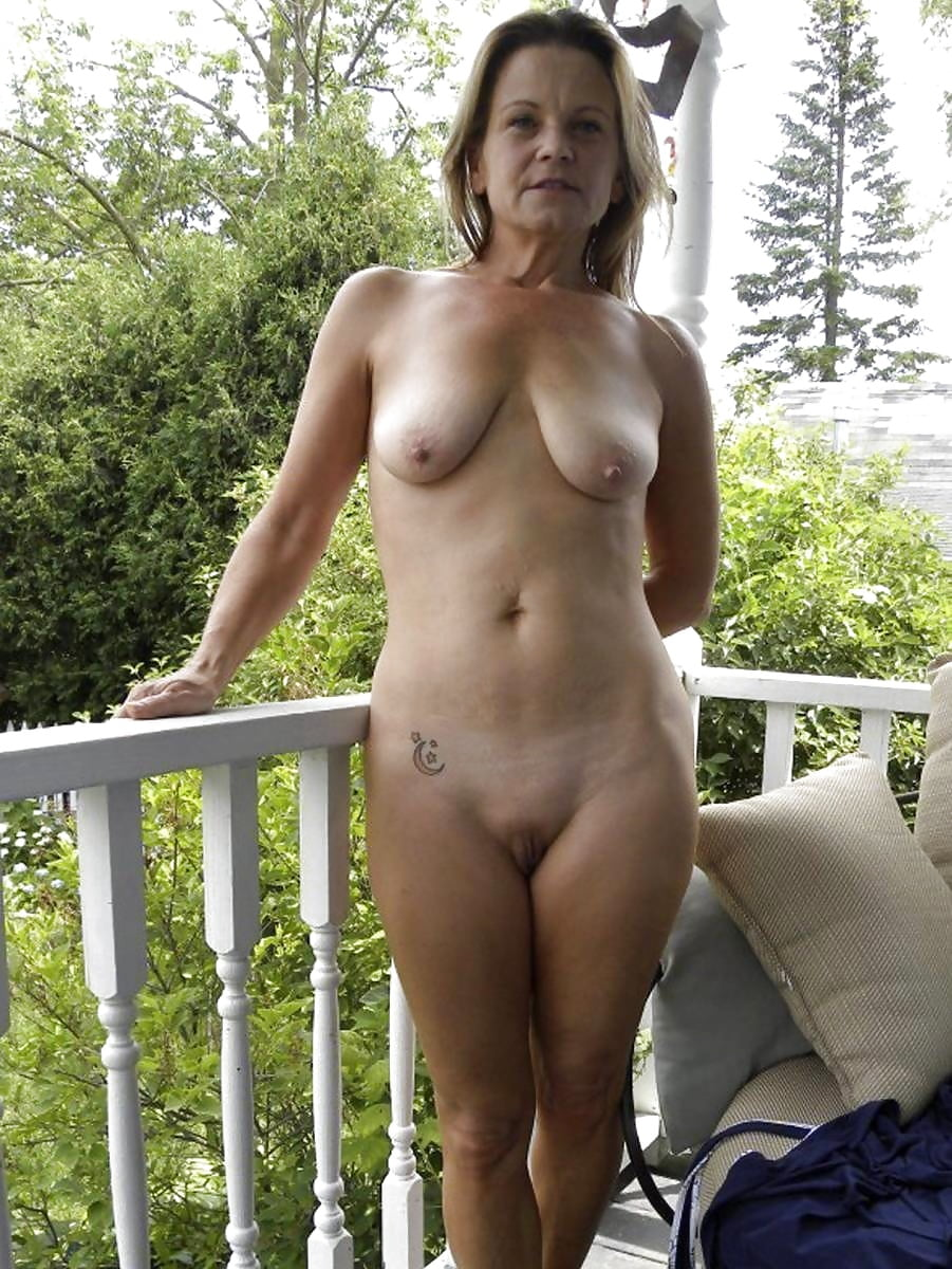 Mature naked house cleaning