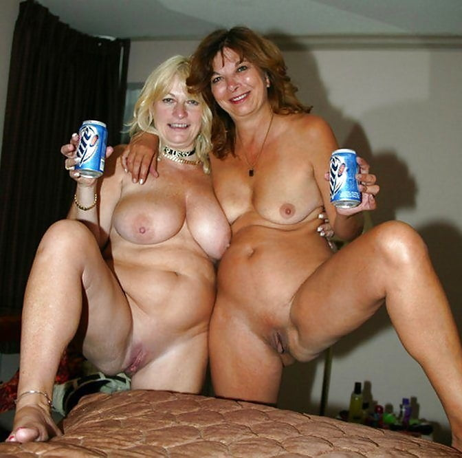 Amateur milf naked party invitations