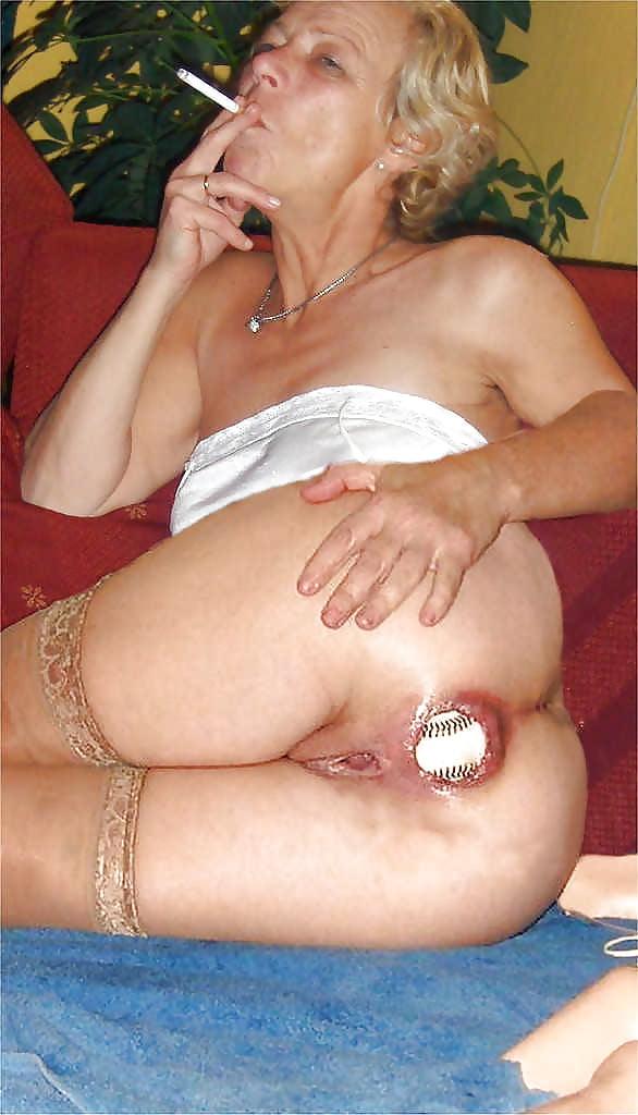 Granny insertion, free sex pics of sexstar gauge