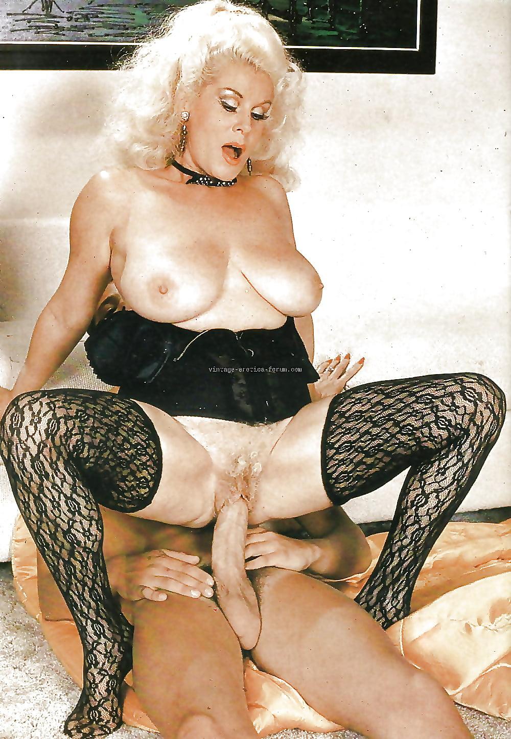 Vintage granny porn pictures hair