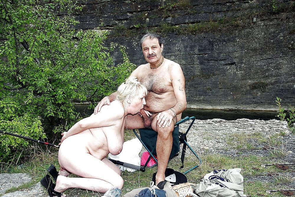 Naked seniors free pics